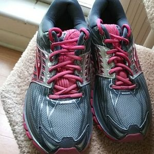 Brooks Glycerin 14 running shoe sz 11